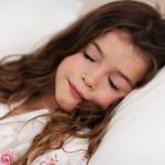 Стоит ли укачивать ребенка перед сном?