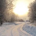 Роды, снежная дорога.