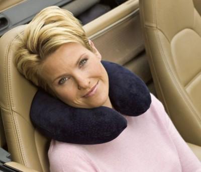 Как выбрать подушку для поездки?