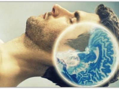 Почему люди видят сны?